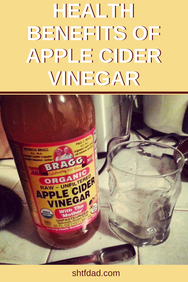 If you're trying to learn what are the health benefits of apple cider vinegar in a SHTF situation, check this out. It can relieve heartburn, repel fleas, help detox your body and much more. #vinegar #applecidervinegar #shtf #shtfdad #prepper