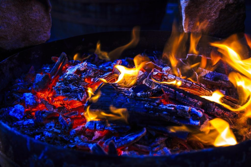 What You Need to Know About Firewood for SHTF Situations - Planning for a SHTF situation? You've got a plan for shelter and everything you need to make a fire to stay warm, sanitize water, and cook food. But you still need firewood!